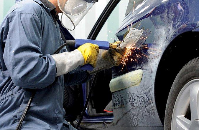 Nelle assicurazioni auto non permesso imporre il for Costi carrozziere