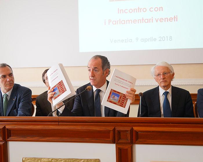 I deputati di forza italia sull 39 autonomia del veneto il for Parlamentari di forza italia